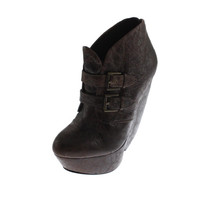 Mia Limited Edition Womens Veda Leather Distressed Wedge Heels