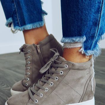 Let's Chill Sneakers: Grey