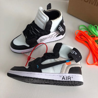 Air Jordan 1 x Off-White Sneakers