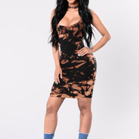 Invincible Dress - Black/Rust