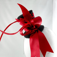 The Queen of Hearts Red and Black Tiny Top Hat Head by angelyques