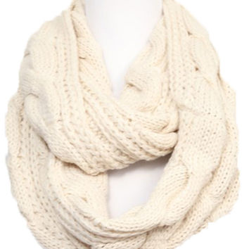 Chunky Knit Infinity Scarf in Ivory