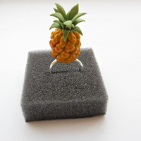 Chic Retro Pineapple Tropical Fruit Ring - Miniature Dollhouse Food Jewellery