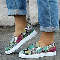 New snake texture flat shoes colorful Scales with white soles rose red green yellow