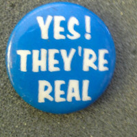 """Vintage '80s Button Like New NOS 'Yes, they're real"""""""