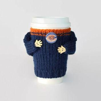 DCCK8X2 Chicago Bears coffee cozy. NFL Bears jersey. Blue orange. Knitted cup sleeve. Travel m