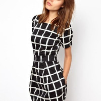 Black and White Plaid Short Sleeve A-line Mini Dress