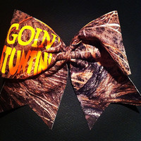 """3in. Camo Cheer Bow with """"GOIN' STUNTIN'"""""""
