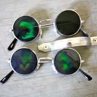Vtg 90s DEFECTIVE Hologram CAT Or DOLPHIN Round Sunglasses