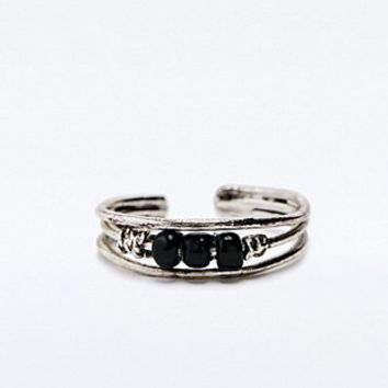 Toe Ring in Silver - Urban Outfitters