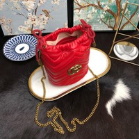 Kuyou Gb99822 Gucci Gg Marmont Chain Buffel Bag Red Crossbody Bag 19x17cm
