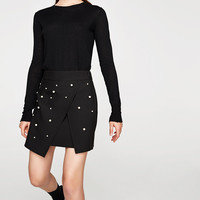MINI SKIRT WITH FAUX PEARLS