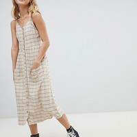Daisy Street button through midi sundress with pockets at asos.com