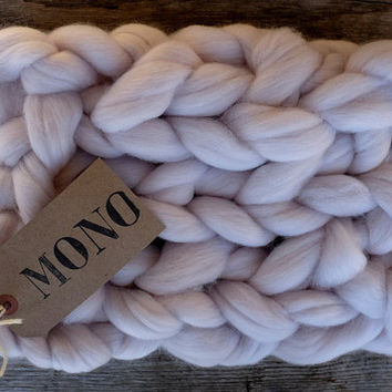 Chunky Blanket Yarn - MASSIVE Yarn - CHUNKY Blanket Yarn - Merino 19 micron- Super Chunky Yarn - ChOOse your CoLor -