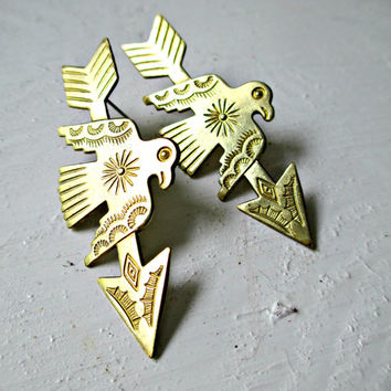 Cyber Monday Sale Save 25%. Arrow & Thunderbird. Native American Vintage Brass Stud Earrings