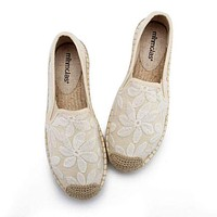 Women Flower Embroidered Solid Color Flat Espadrilles Shoes