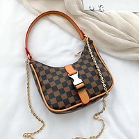 Louis Vuitton LV underarm bag casual trendy shoulder bag