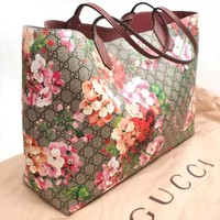 GUCCI GG Blooms Tote Bag Reversible Purse Floral Pink Rose Flower Women Auth New