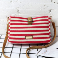 Simple striped canvas shoulder Messenger Messenger retro bag