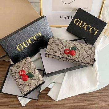 GUCCI Cherry Wallet
