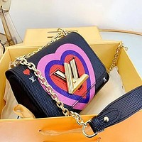 LV Louis Vuitton New Love Printed Chain Bag Shoulder Bag
