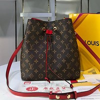 LV Louis Vuitton Colorblock Print Ladies Temperament Shopping Bucket Bag Diagonal Bag