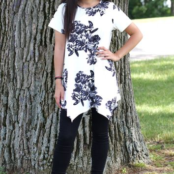 Floral Pointed Sides Tunic