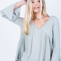 Crinkly Bell Sleeve Top