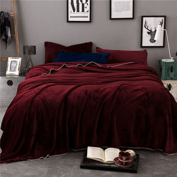 Polyester flannel fleece blanket on the bed home adult high quality purple solid blanket warm winter sofa blanket portable