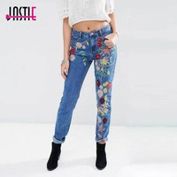 Jastie Glamorous Floral Embroidery Jeans 2017 Women Casual Denim Pants Straight Trousers Long Jeans Female Pant Bottom Clothing