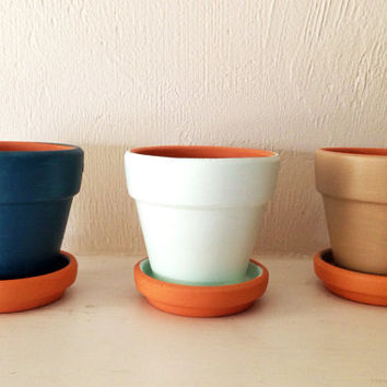 10% OFF! Set of 3, Painted Clay Pots, Choose Color(s), party favor, wedding favor, birthday gift, succulent pot