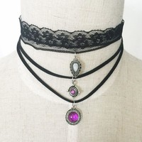 Triple Threat Choker