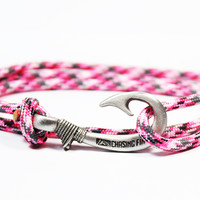 Pink Camo Fish Hook Bracelet (New)