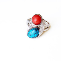 Blue Turquoise and Coral Vintage Native American Ring // feather silver ring with blue turquoise and coral cabochon, Size 5 - 8