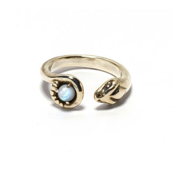 Exclusive Eden Ring with moonstone