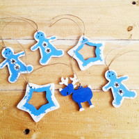 Set of 6 wooden hand painted wooden tree ornaments in blue and white, christmas tree ornament, glitter tree decoration