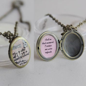 The perks of being a wallflower w/ quote -- locket with chain