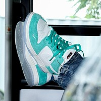 "Kasina x Nike Dunk Low ""Road Sign"" low-top skateboard shoes"