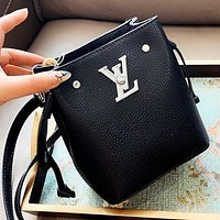 Louis Vuitton LV Women Fashion Mini Bucket Bag Shoulder Bag Crossbody Satchel