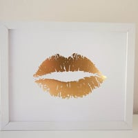 Lippy Lippy Gold Foil Lip Print 8x10, Home Decor, Metallic, Wall Art, Valentines Day,Kiss Kiss