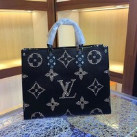 DCCK LV Louis Vuitton WOMEN'S MONOGRAM CANVAS ONTHEGO HANDBAG