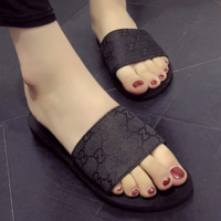 GUCCI Summer new fashion flat more letter sandals female slippers Black