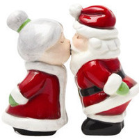 Kissing Santa and Mrs. Clause Shaker Set   Salt and Pepper Shakers   RetroPlanet.com