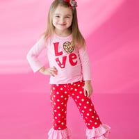 Baby Girls Valentines Day Outfit, Valentines Day Wear, Girl Clothing, Baby Girl Clothing, Holiday Apparel, Ruffle Pant Outfit, LOVE outfit
