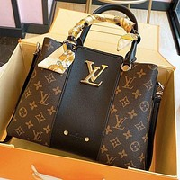 LV Louis Vuitton Monogram Handbag Shoulder Bag