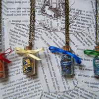 Harry Potter Hogwarts House Points Vial Necklace (Choose Your House)