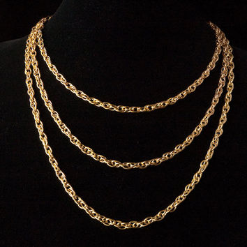 simple gold 3 strand chain necklace // gold toned pretzel chain