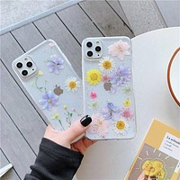 Daisy iPhone 11Pro XS Max  flower iPhone Case Apple XR  7Plus anti falling transparent XS soft Case