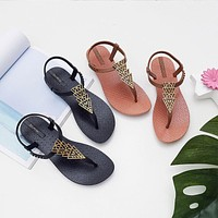 Sandals Female Xia Ping With New Wind Flat Bottom Wild Resort Beach Shoes