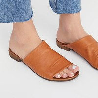 Shore Thing Slide Sandal